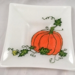 fused-glass-painted-pumpkin-bowl