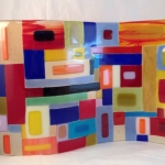 fused-glass-standing-wavy